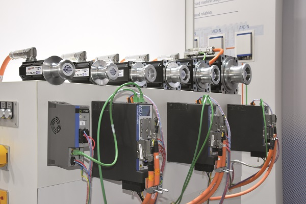 Kollmorgen's AKD servo drive, AKM2G servo motors and PCMM motion controller