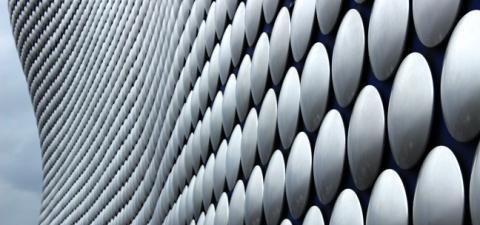 Kollmorgen Casi di successo: La precisa geometria del taglio 3D
