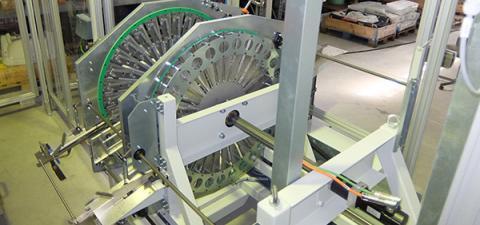 Kollmorgen AKM servo motor tarafından tahrik ediliyor