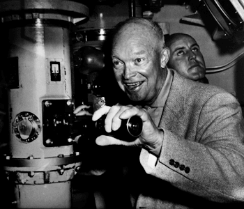 Eisenhower & Kollmorgen-powered periscope